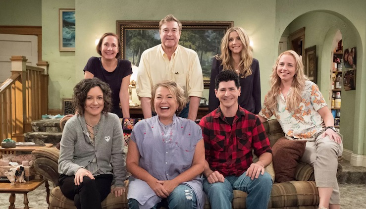 Premiere date announced and 1st official photo of 'Roseanne' revival!