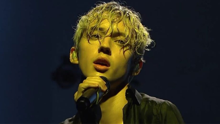 Watch Troye Sivan Perform 'My My My&#039 & 'The Good Side&#039 On 'Saturday Night Live&#039