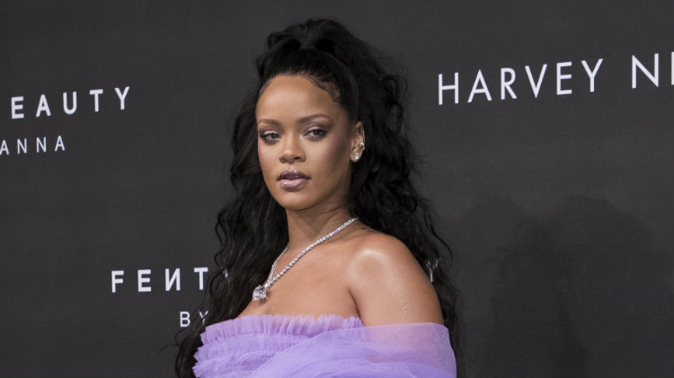 Rihanna is On Track to Outsell Kylie Jenner's Beauty Line
