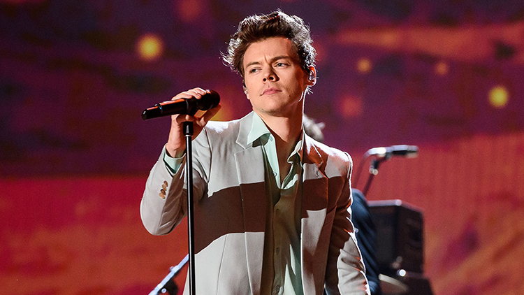 Did Harry Styles Just Casually Come Out As Bisexual?