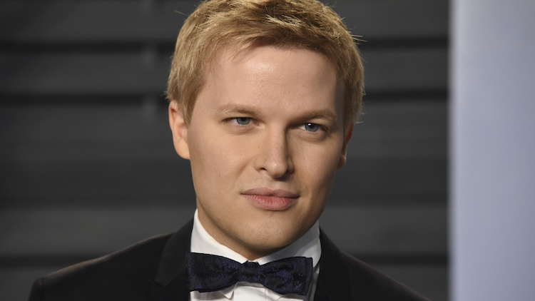 "Ronan Farrow Says He is a ""Part of the LGBT Community"" in Speech"