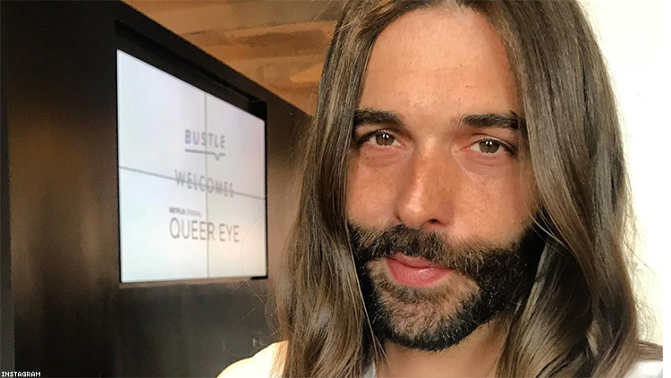 jonathan van ness from 39 queer eye 39 wore a kaftan and lurex heels on the red carpet. Black Bedroom Furniture Sets. Home Design Ideas