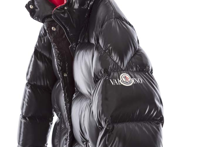 must have valentino x moncler puffer collaboration rh out com moncler verpackung moncler verte