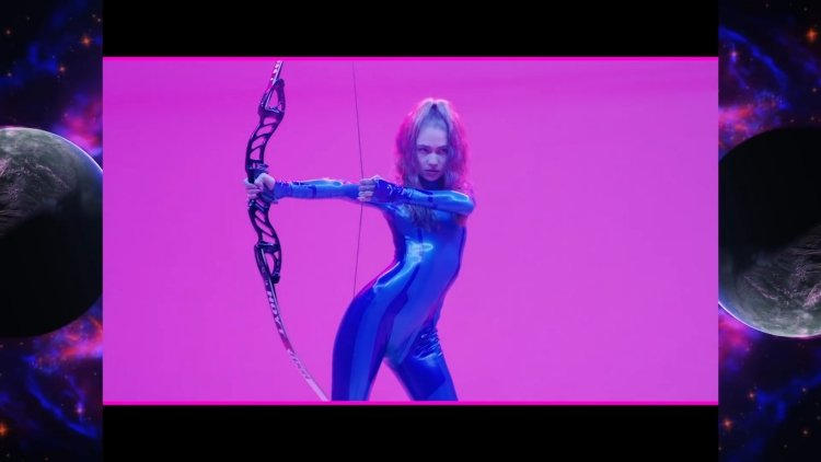 Grimes' New Single Is a Cyber Femme Anthem