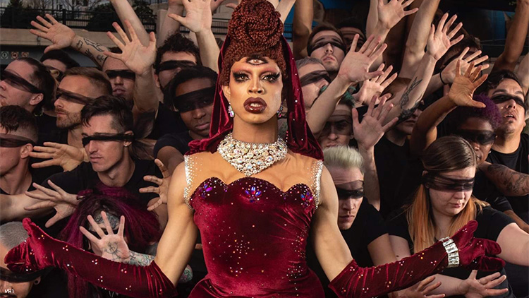 yvie oddly drag race