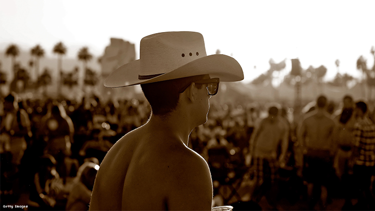 Country and Pop Music Lovers Are Mostly Bottoms Says New Survey