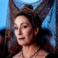 Queen Anjelica Huston