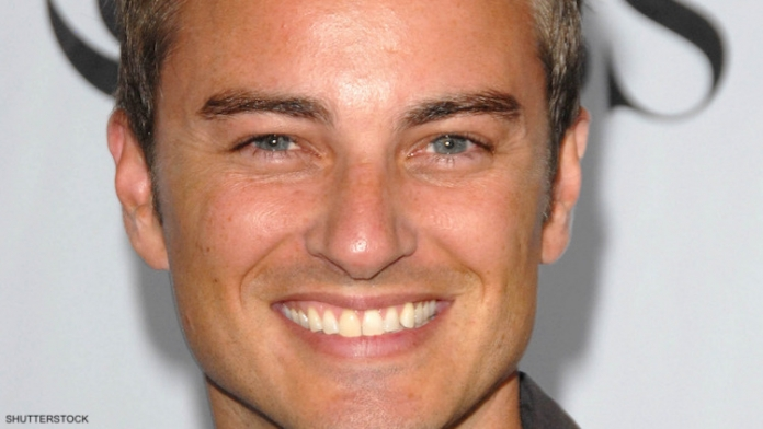 'Dawson's Creek' Star Says TV's First Gay Kiss Is 'Part of History'