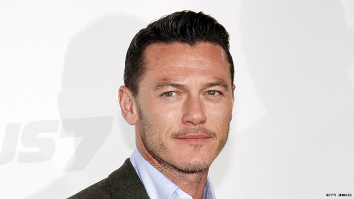 Luke Evans to Cover Cher's 'If I Could Turn Back Time' on Debut Album