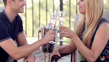 Candis Cayne Barefoot Bubbly