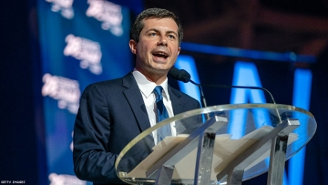 """Pete Buttigieg unveils plan to """"dismantle"""" systemic racism in the U.S."""