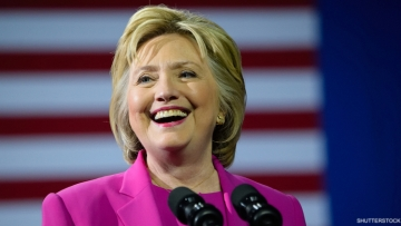 Sorry, Ladies! Hillary Clinton Says She's Not a Lesbian