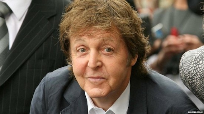 Paul McCartney Tells How He Used to Masturbate with John Lennon and Friends