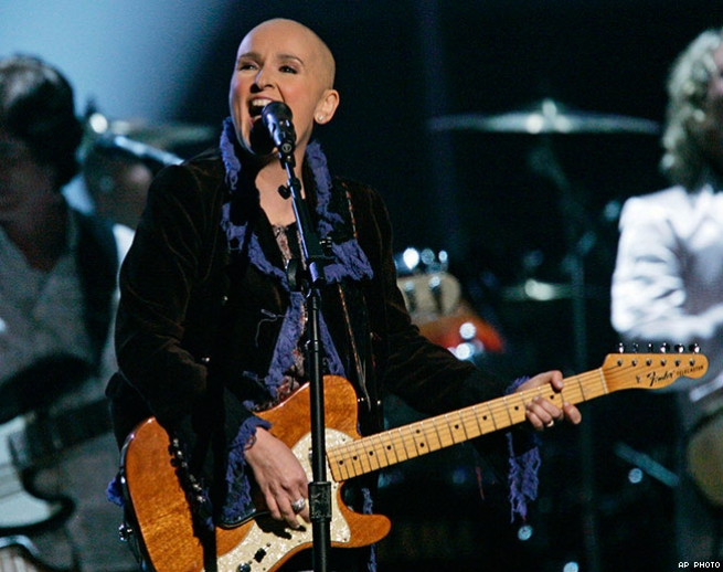 9. Melissa Etheridge Performs After Cancer Diagnosis (2005)