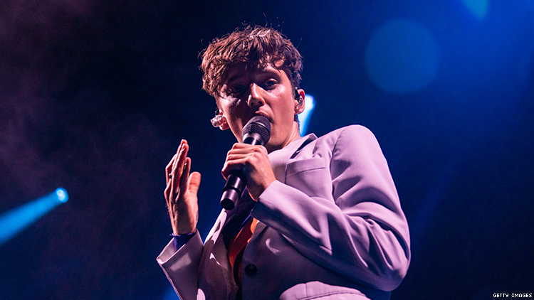 Troye Sivan Trolls Anti-Gay Bigot By Playing Venue Named After Her